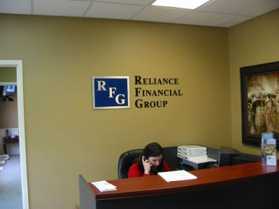 si_UEw400_reliance-financial-group